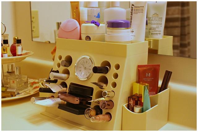 Makeup organizer countertop