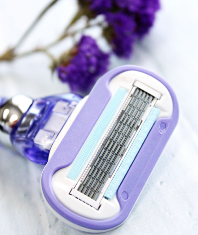 Gillette Venus Swirl Razor Review + Giveaway