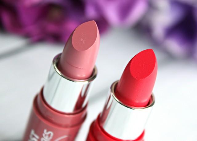 Colorbar Light C Ultimate 8 Hrs Stay Lipstick