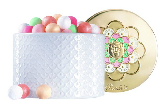 Cool Things to Grab During Nordstrom Anniversary Sale >> https://glamorable.com   via @glamorable