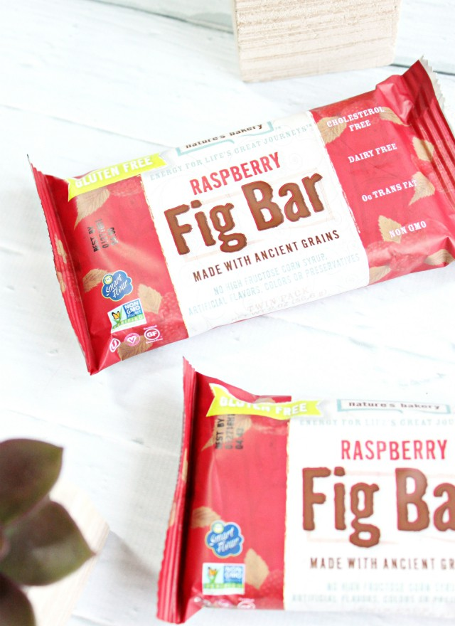 Bestowed Box July 2015 Review. Discover healthy snacks selected by a professional nutritionist Heather Bauer! >>  https://glamorable.com   via @glamorable