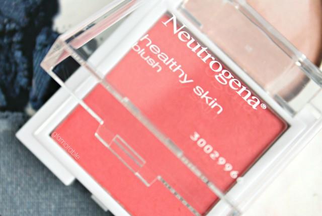 Best drugstore makeup: Neutrogena Healthy Skin Blush in Flushed 30. Read more >> glamorable.com | via @glamorable