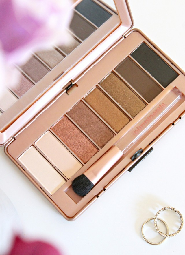 Pur Cosmetics Secret Crush Palette Review. Read more at >> www.glamorable.com | via @glamorable