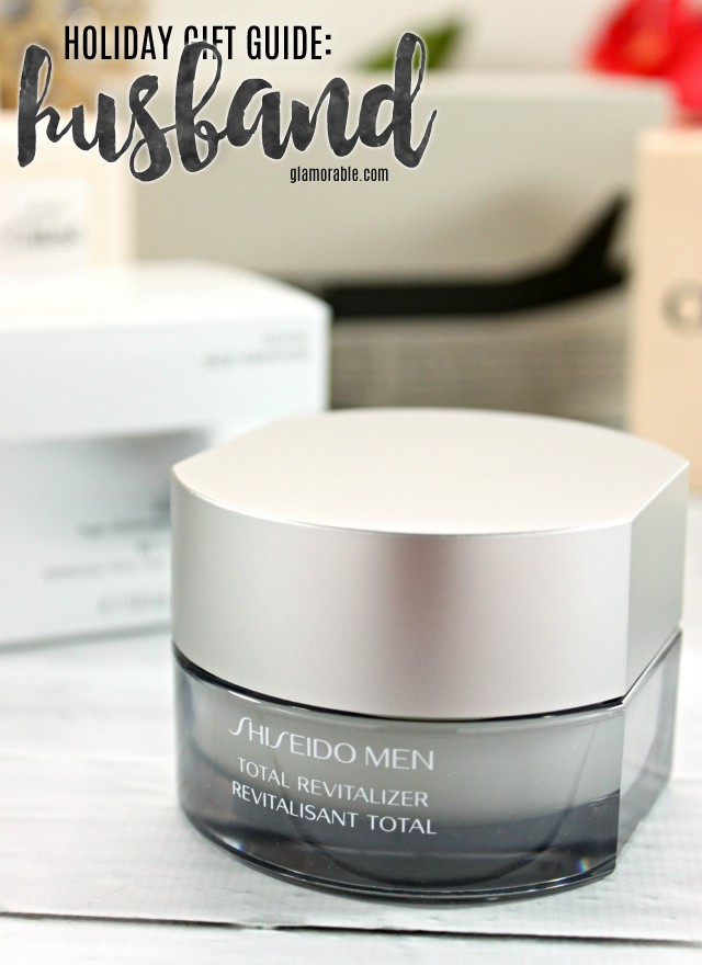 Discount Gift Shopping for the Holidays at FragranceNet.com for everyone on your list. || Save on over 17,000 beauty products every day! Read more at >> www.glamorable.com | via @glamorable