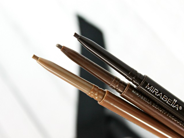 How to achieve eyebrows on fleek with Mirabella The Brow Pencil and The Brow Shaper. Read more at >> www.glamorable.com | via @glamorable