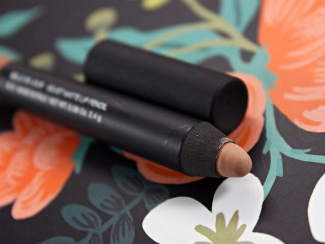 Nude Matte Lips with NARS Belle de Jour Velvet Matte Lip Pencil