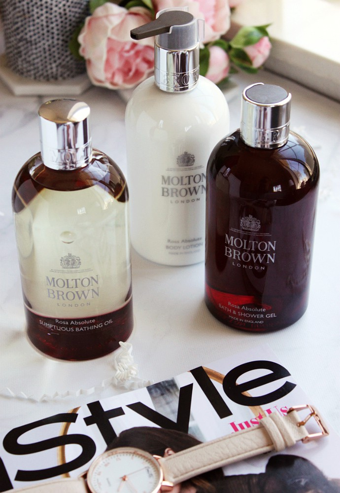 Molton Brown Rosa Absolute Sumptuous Bathing Oil, Review of The Collection