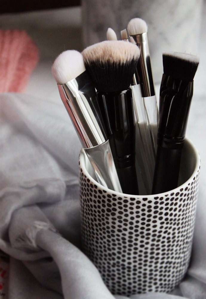 6 Best e.l.f. Cosmetics Makeup Brushes I Use All The Time - via @Glamorable