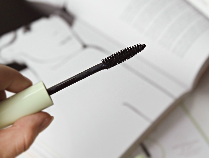 PIXI Mascara Review: PIXI Black Lacquer Lash Primer, PIXI Lash Booster Mascara,PIXI Lengthy Fiber Mascara,PIXI Lower Lash Mascara.