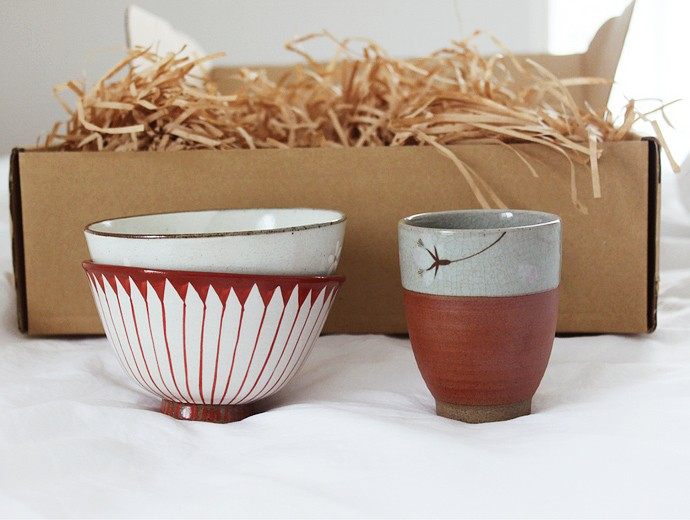 Japanese Ceramics from Neko Box - via @glamorable #japan #japanesegoods #hasamiyaki #nekobox #japanmade