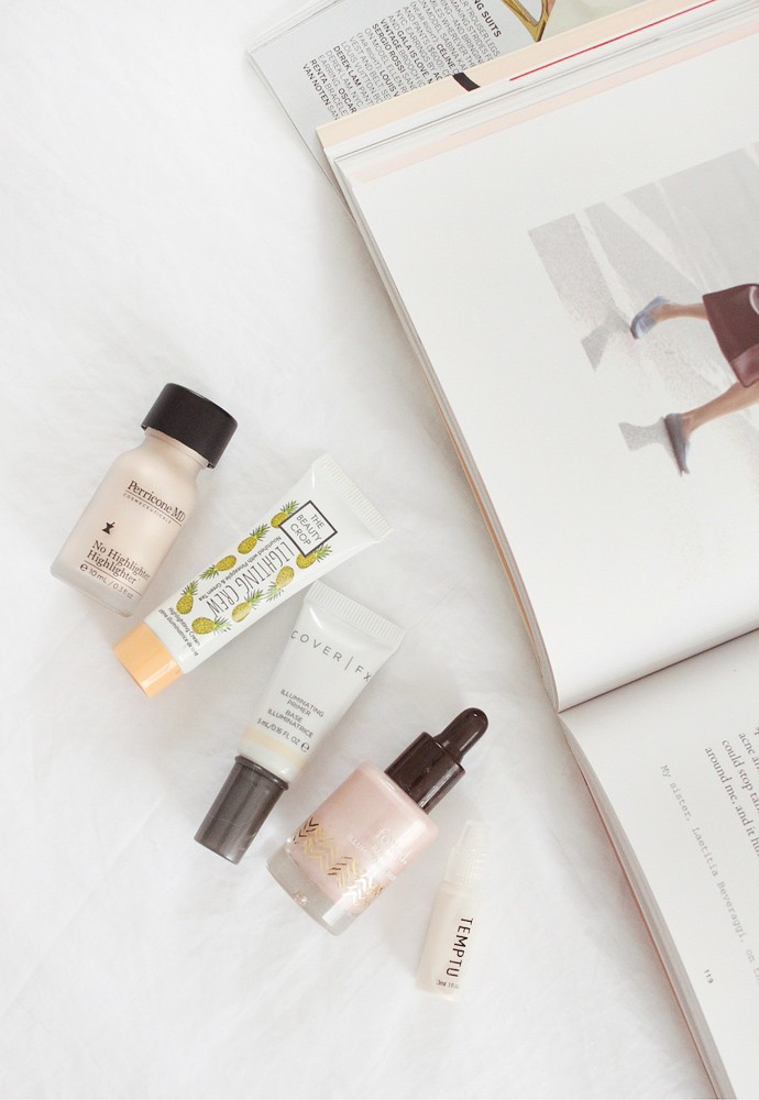 Decluttering for the new year! Massive Beauty Purge Project: Liquid Highlighters - via @glamorable from glamorable.com | #glamorable #highlighter #konmari #declutter #beautypurge #makeup
