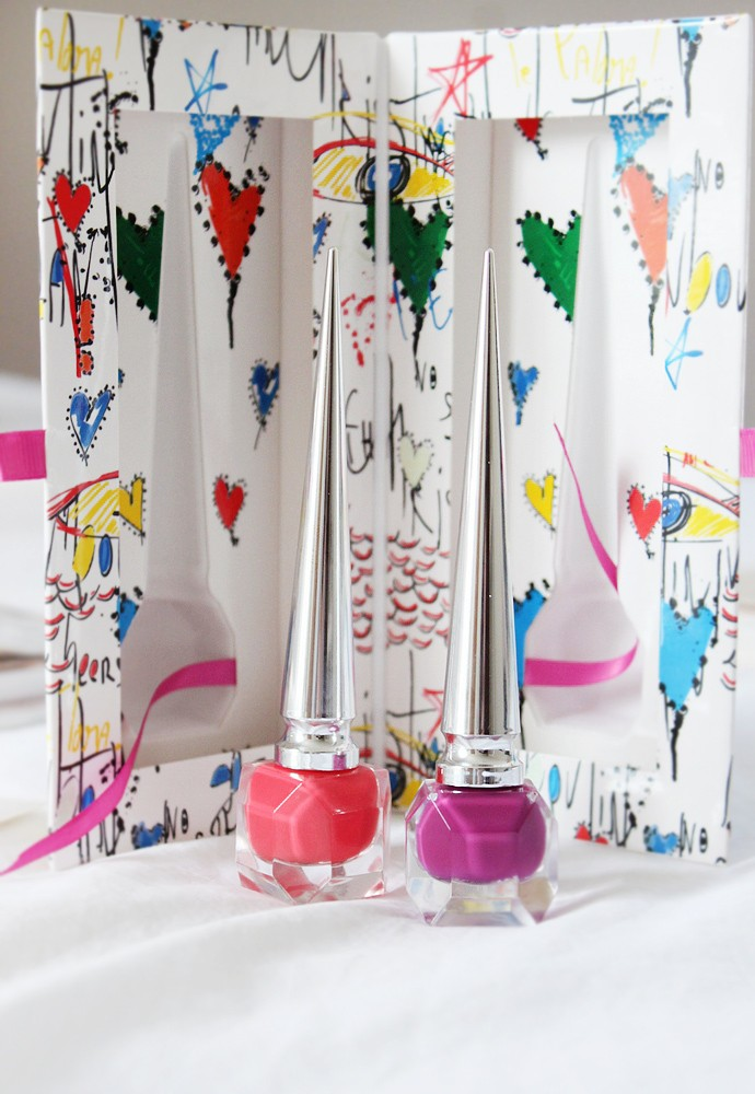 Christian Louboutin Loubitag II Nail Polish Duo Miss Loubi and Bollidonna (swatches + review)