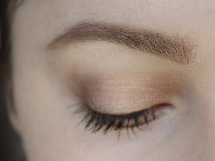 L'Oreal Brow Stylist Shape & Fill in Blonde and  L'Oreal Brow Stylist Boost & Set Brow Mascara in Blonde | review, swatches, and what it looks like on the brows | affordable drugstore dupe for Hourglass Arch Brow pencil - via @glamorable #browsonfleek #eyebrows #makeup #lorealparis #lorealbeauty #bbloggers
