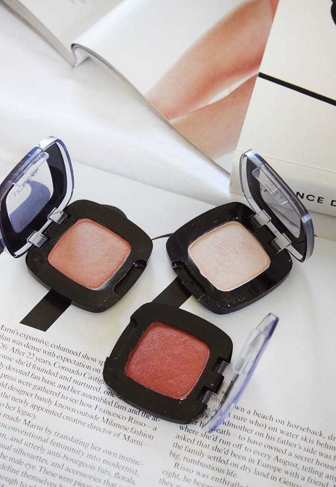 L'Oreal Colour Riche Eyeshadow Mono302 Mix and Matte, 304 Matte It Up, and 306 Acro-Matte swatch, review, demo, price, ingredient, pros and cons