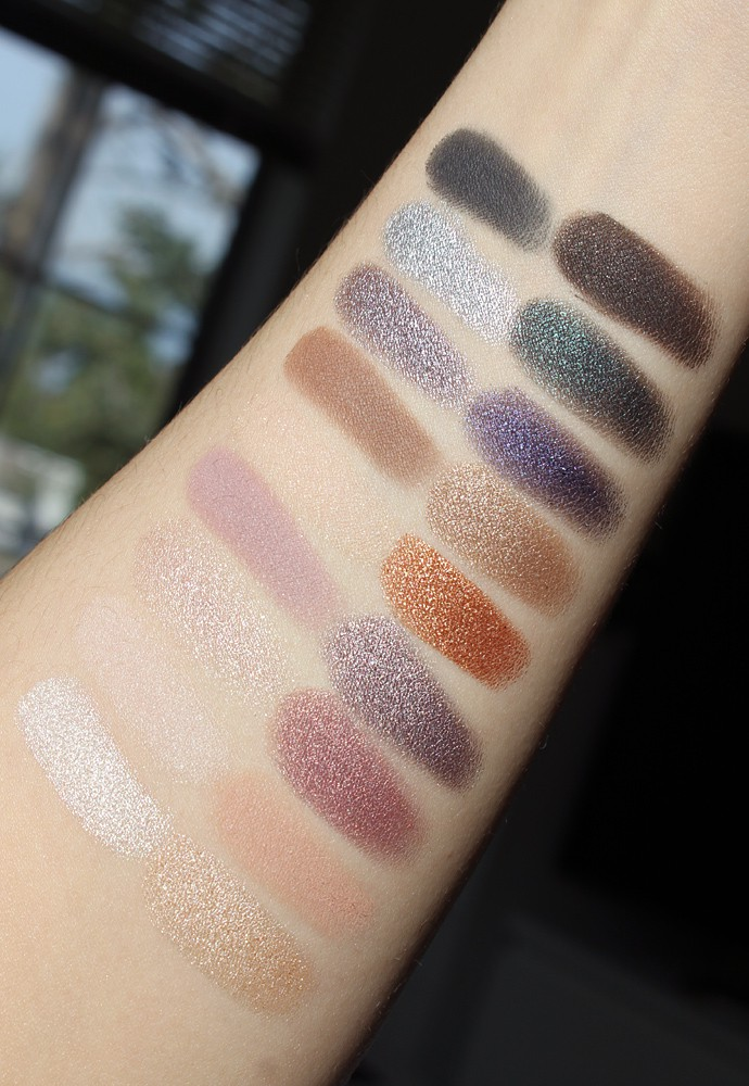 bareMinerals Aurora Lights Gen Nude Eyeshadow Palette Swatches & Review