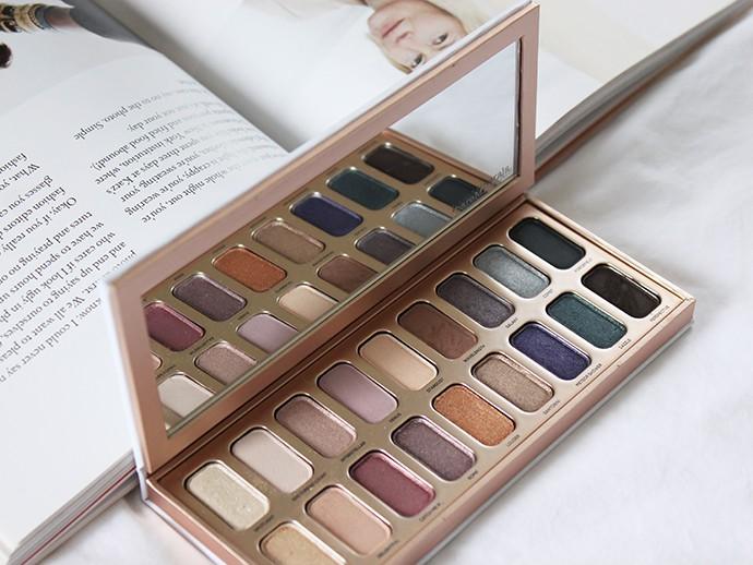 Recent Makeup Favorites - bareMinerals Aurora Lights Gen Nude Eyeshadow Palette