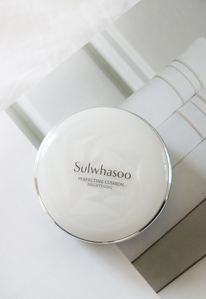 Sulwhasoo Perfecting Cushion Brightening No. 17 Light Beige Review & Swatches #kbeauty #amorepacific
