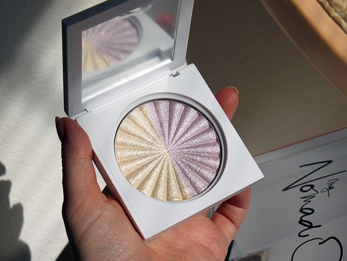 Ofra Cosmetics Retrograde Highlighter (swatches & review)